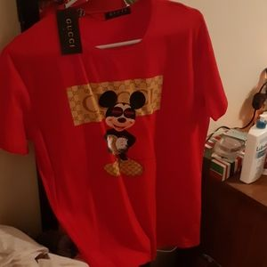 Gucci Mickey mouse tshirt red